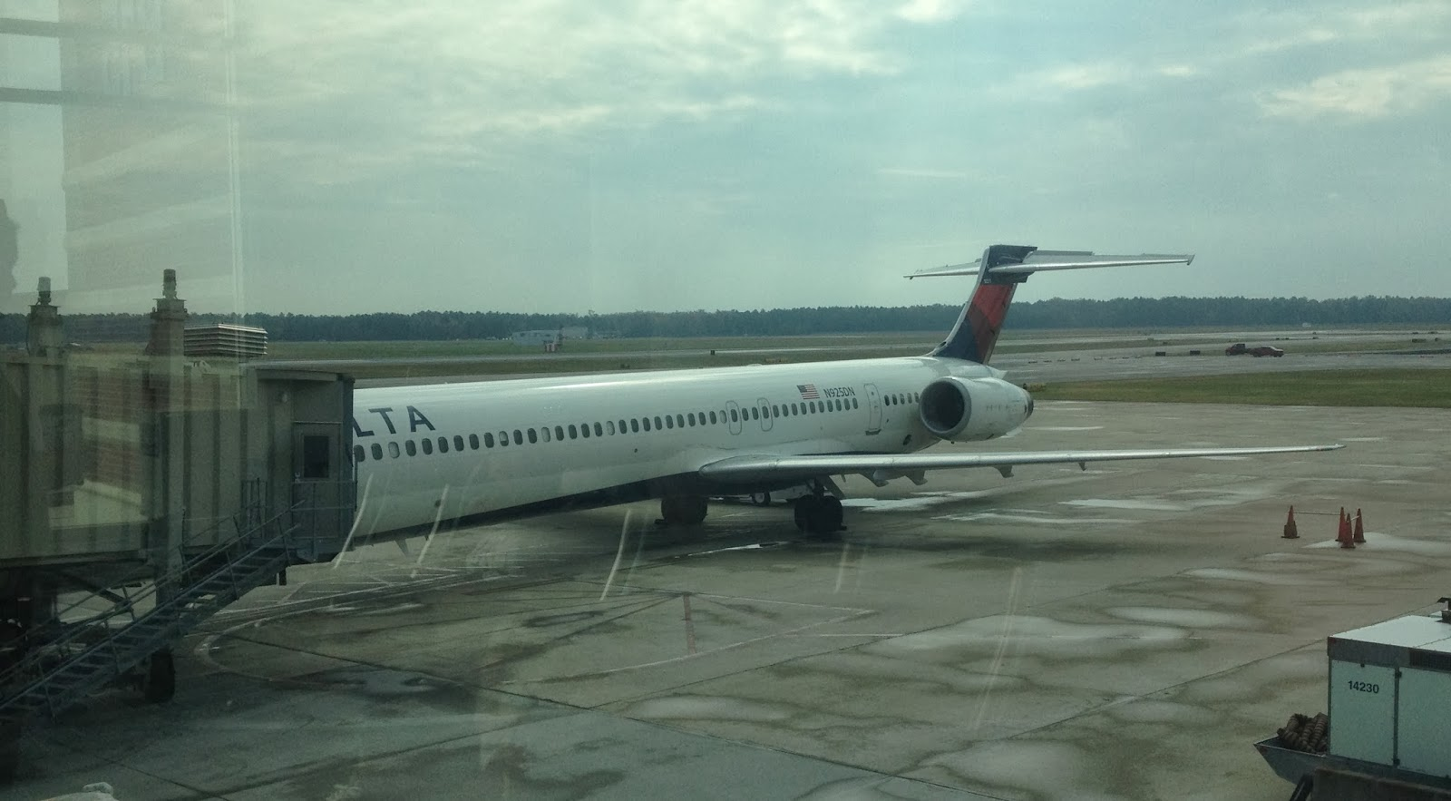 From Private To Professional Pilot Flight Report Delta MD90 Economy RIC To