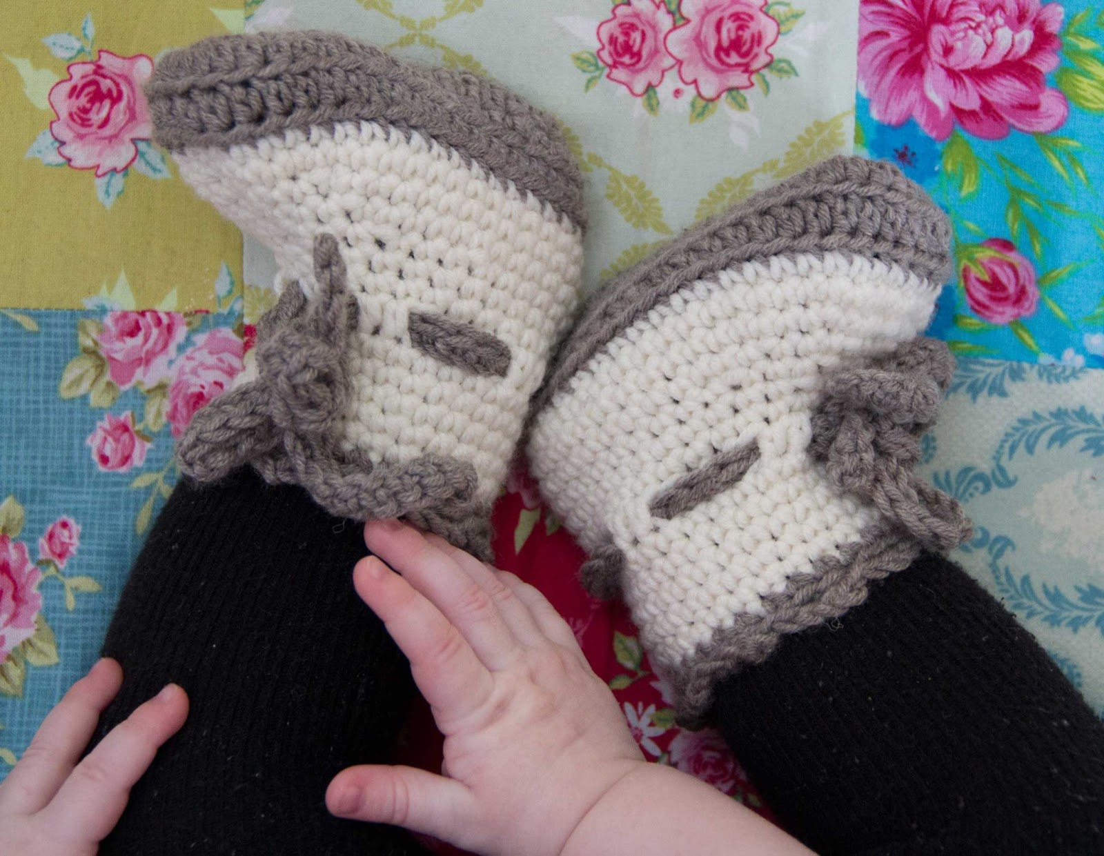 croched baby boots patern