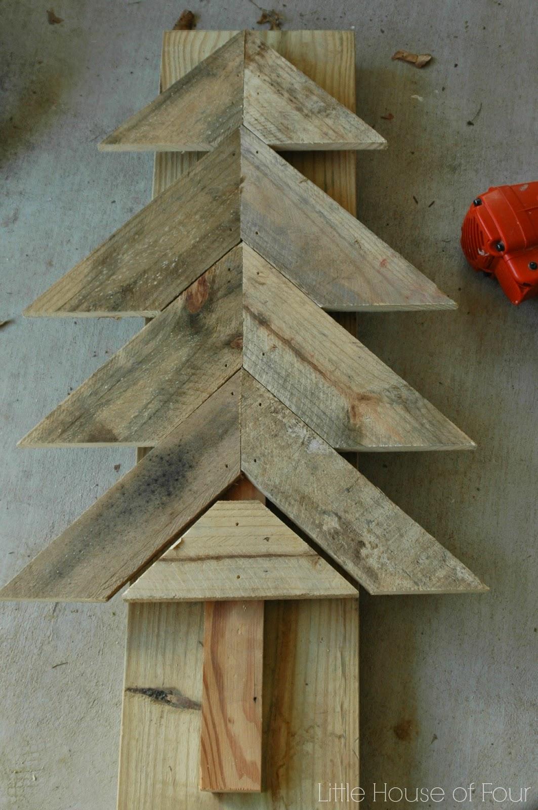 piecing together pallet tree