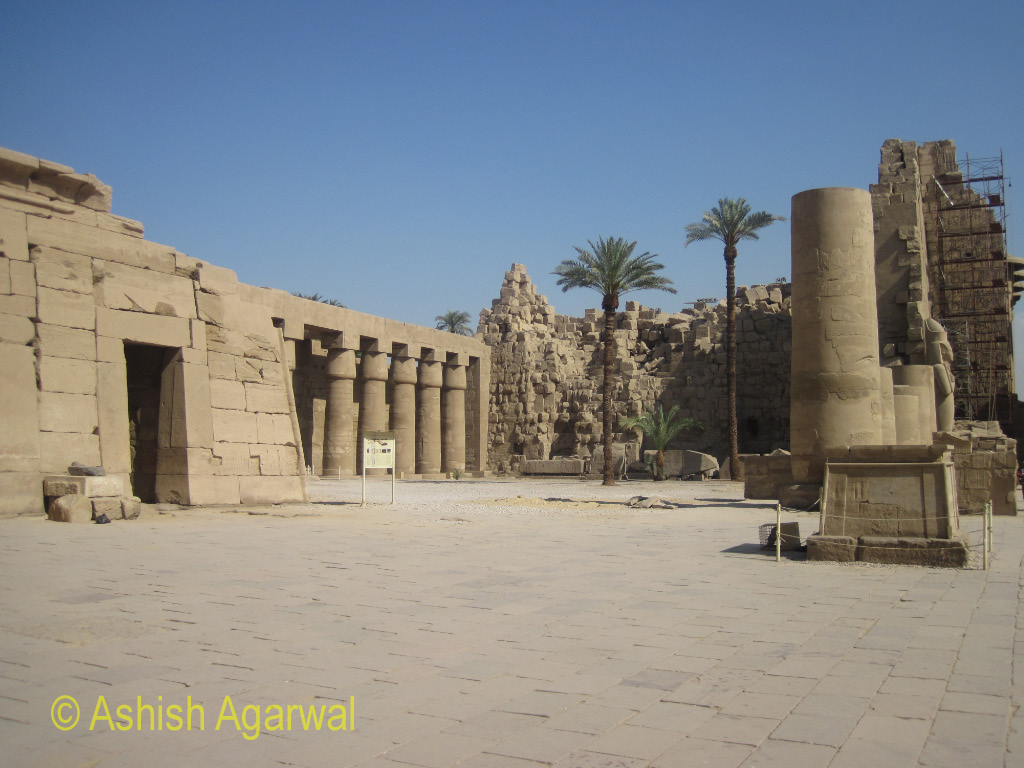 Pillars, and other structures, inside the Karnak temple