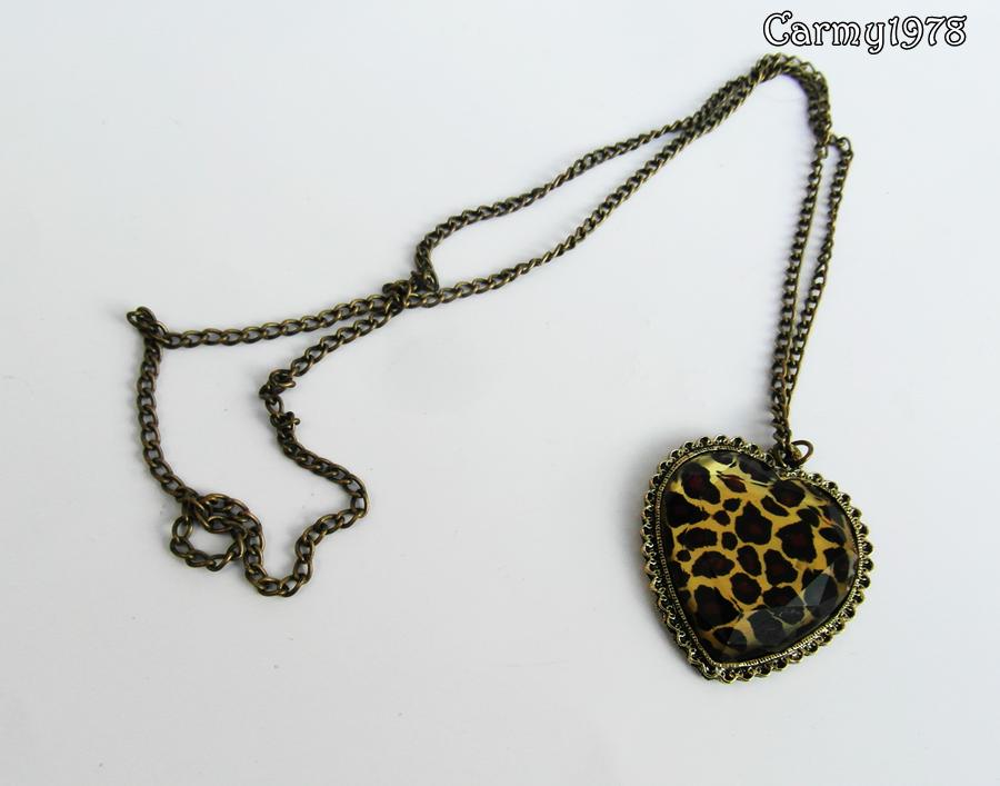 leopard-neckalce