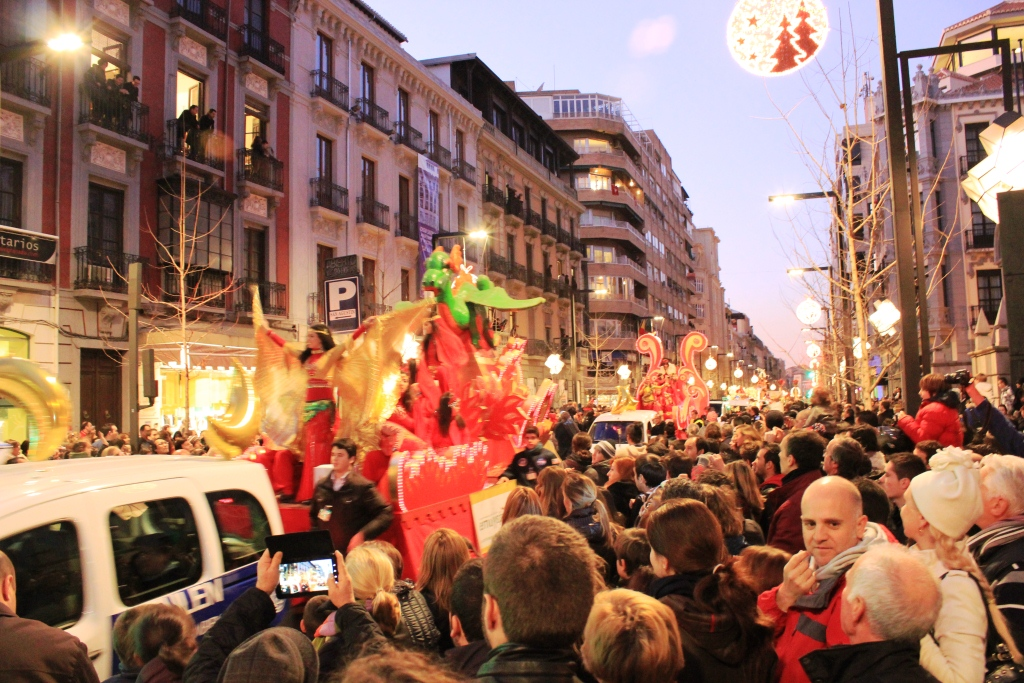 three kings day Three kings day spain and barcelona 2019 cavalcade procession history, origin and tradition about the el día de reyes magos (epiphany) and the three wise men.