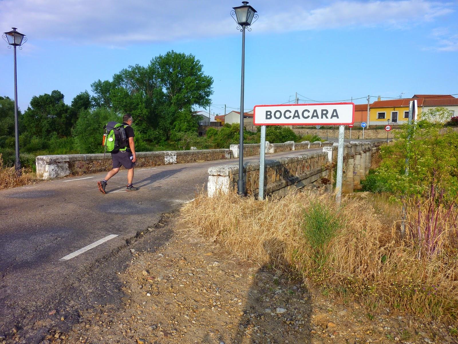 Su strade e sentieri camino torres 4 tappa alba de for Camino sul ponte rialzato