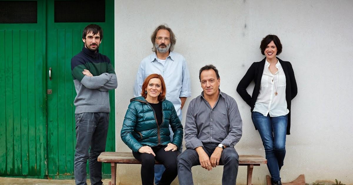 Barakaldo digital un espect culo en euskera se acerca al for Espectaculo artistico de caracter excepcional