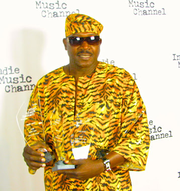 On Red Carpet with 2013 Indie Music Channel Awards