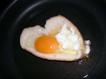 Бутерброд к завтраку с секретом