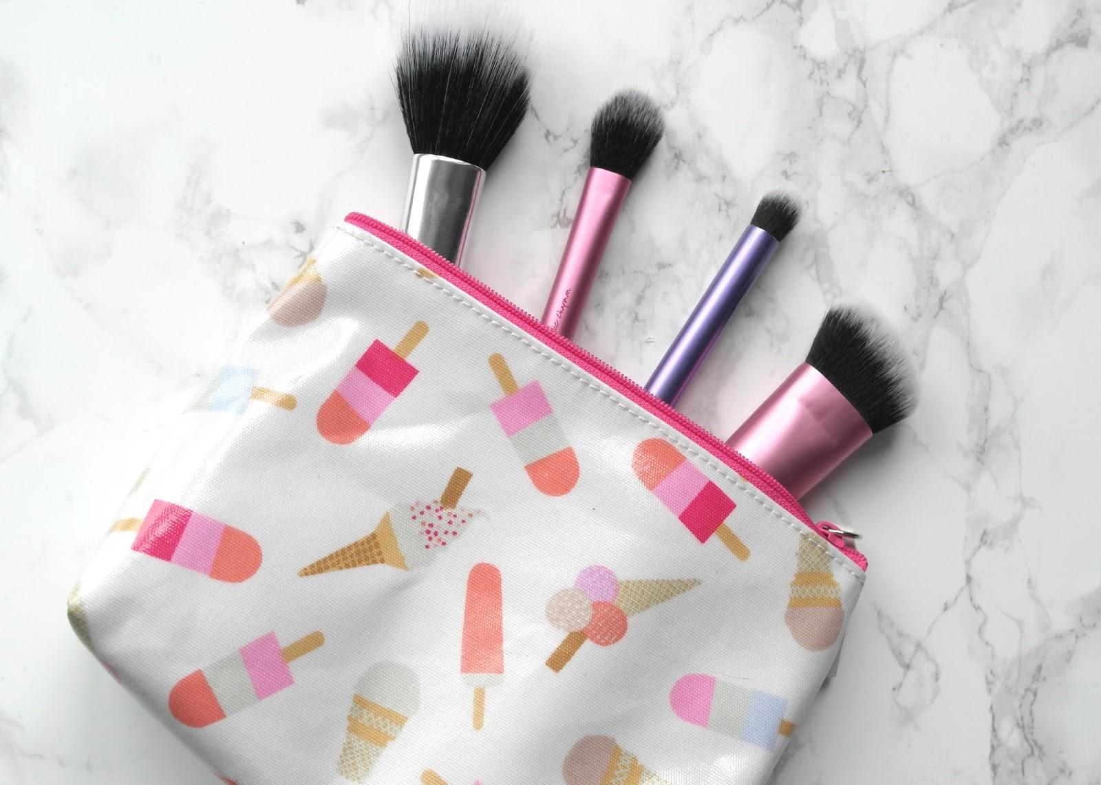 Sew an easy cosmetics bag  YouTube