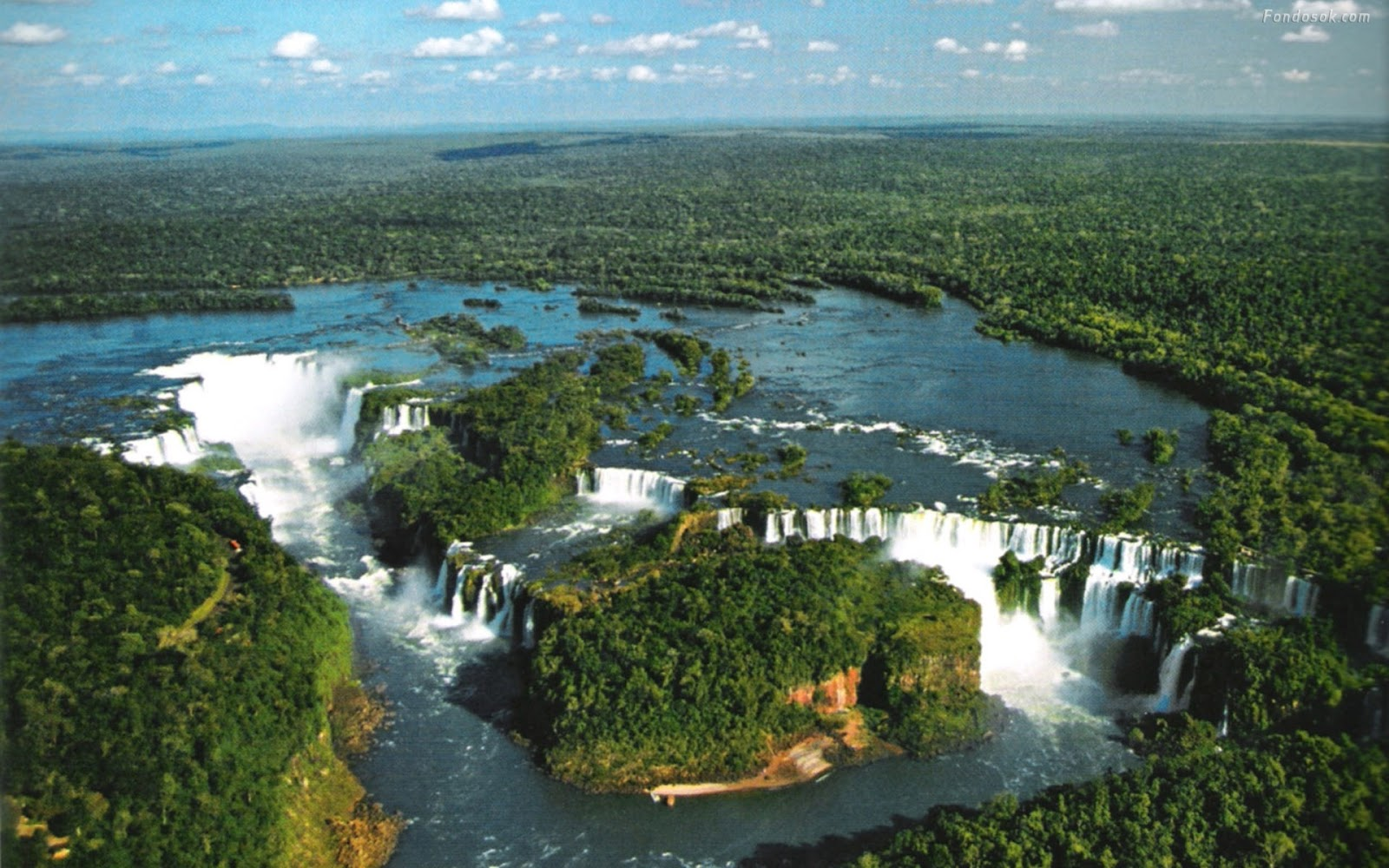 Violetas cataratas del iguazu argentina for Most beautiful places in america nature