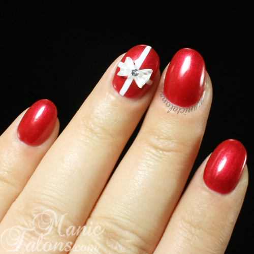 Christmas Nails with Ribbon and Bow