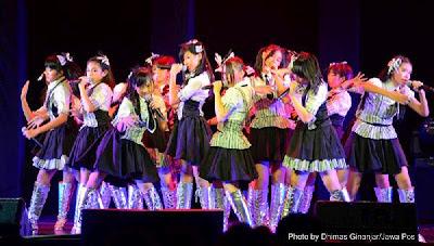 seifuku teater JKT48