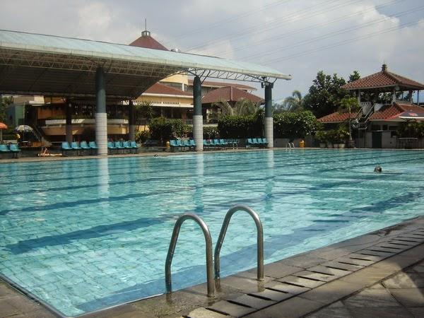 kolam renang di bandung batununggal indah club