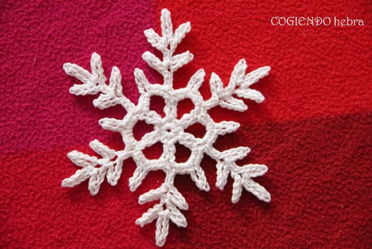 Cogiendo Hebra: 1. #diariocrochetero. Copo de nieve a ganchillo