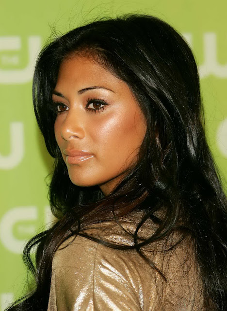 Nicole Scherzinger Fashionable Hairstyles Photos 10