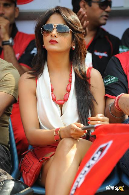 Parul Yadav - Tamil Actress Beautiful Photos