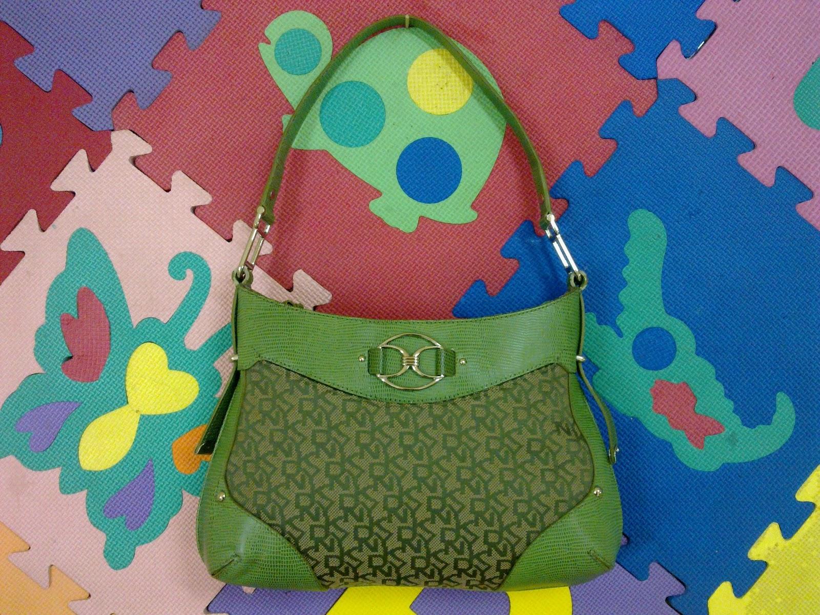 Authentic DKNY Green Signature Handbag