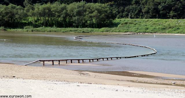 Puente de madera Oenamudari