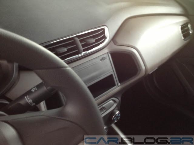 Novo Prisma LT 1.0 - interior