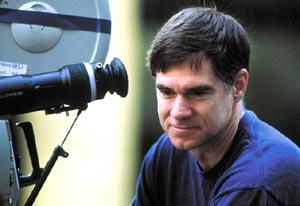 El director Gus Van Sant ya tiene Christian Grey para 'Cincuenta sombras de Grey'