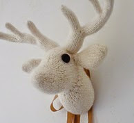 http://www.ravelry.com/patterns/library/my-dear---a-deer-trophy