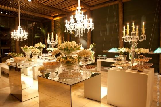 dourado uma combinação chic e elegante para uma festa de casamento