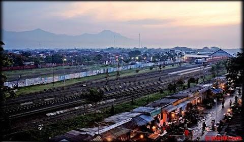 Keramahan Pak Soma Homestay: Hotel Dekat Stasiun Kiara Condong, Bandung