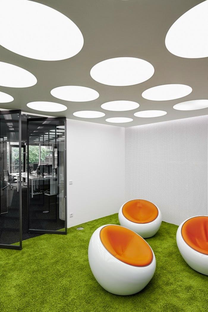 desain-interior-kantor-modern-dinamis-energik-innocean-ruang dan rumahku-blogspot_010
