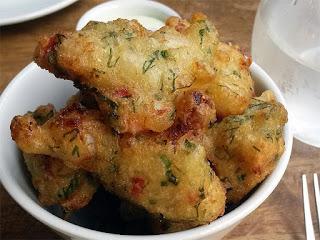 Buñuelos de bacalao - saltcod fritters
