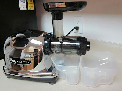 Omega 8006 Juicer and Nutrition Center