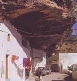 cave house,rumah gua