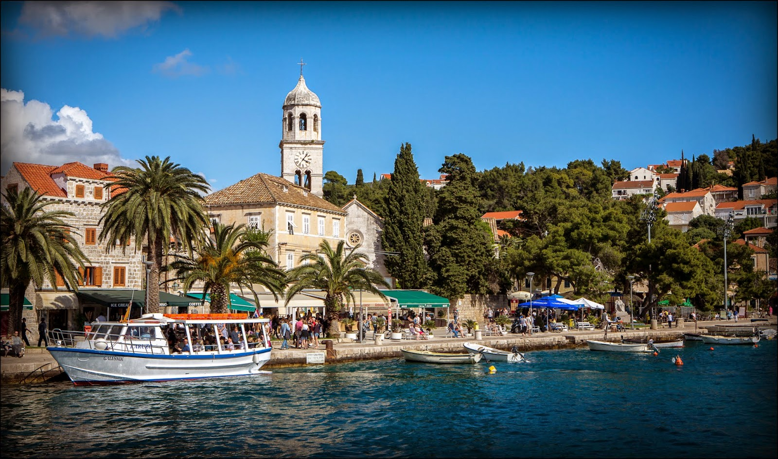 A picture perfect wedding in Cavtat, Emma and Daniel's big day ...