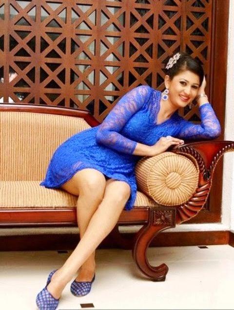 Sri Lankan Cute Actress Ruwangi Rathnayake Hot Photos