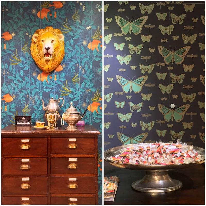 papier peint hicks hexagon cole and son couloir pinterest david hicks hexagones et. Black Bedroom Furniture Sets. Home Design Ideas