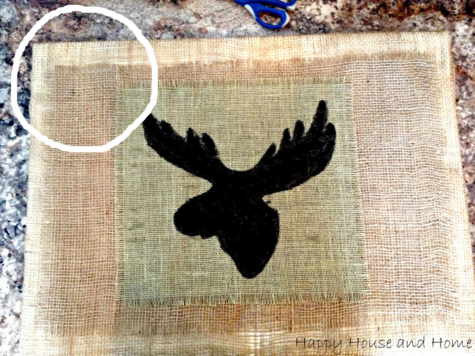 burlap crafts, DIY wall art, using burlap in decor, burlap projects, DIY burlap project