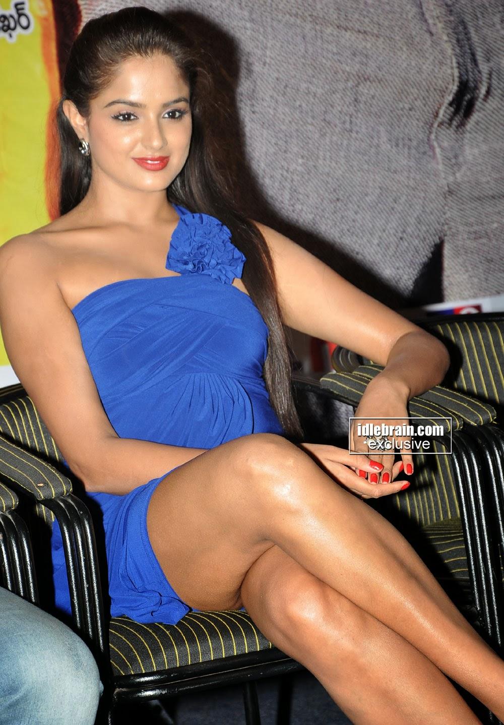 Actress « Asmita sood « Portfolio album « Actress asmitha sood hot stills 16 - South Indian