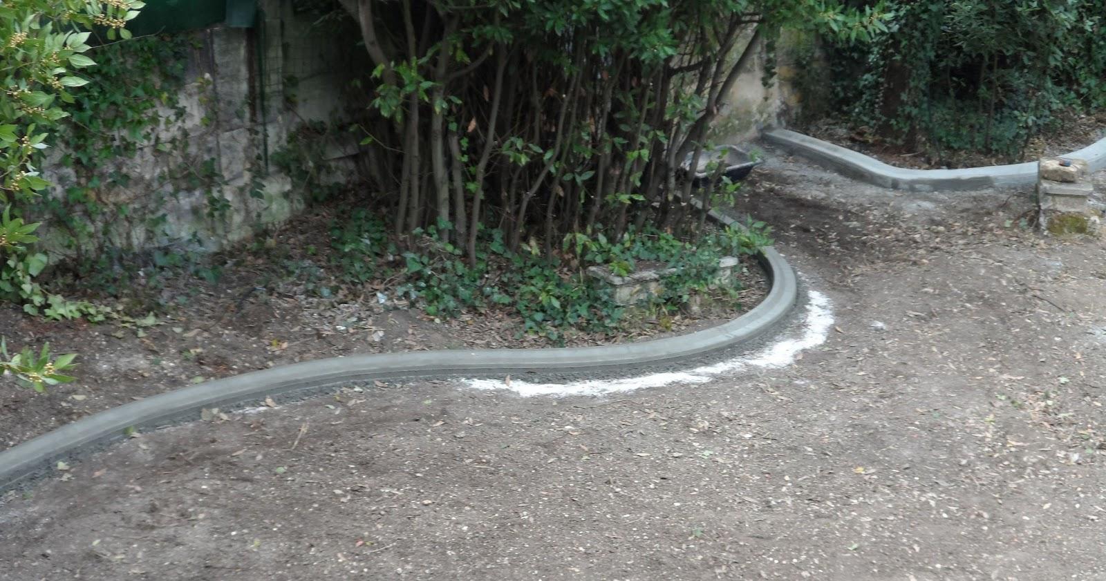 Pose De Bordures B Ton Moul Es Pour Jardin Massif Espaces Verts  # Bordure Jardin Gironde