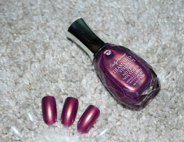 SALLY HANSEN DIAMOND STRENGTH ROYAL ROMANCE