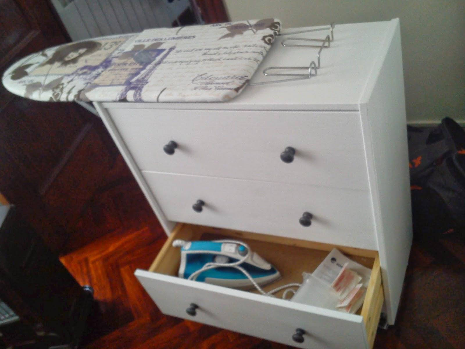 Trastear es bueno diy mueble para planchar for Mueble para guardar tabla de planchar