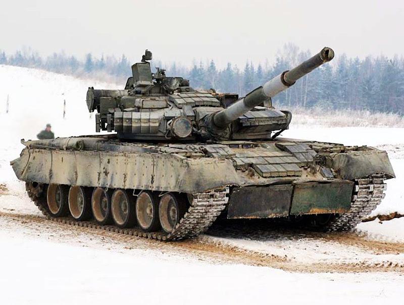 T-80U Soviet Main Battle Tank