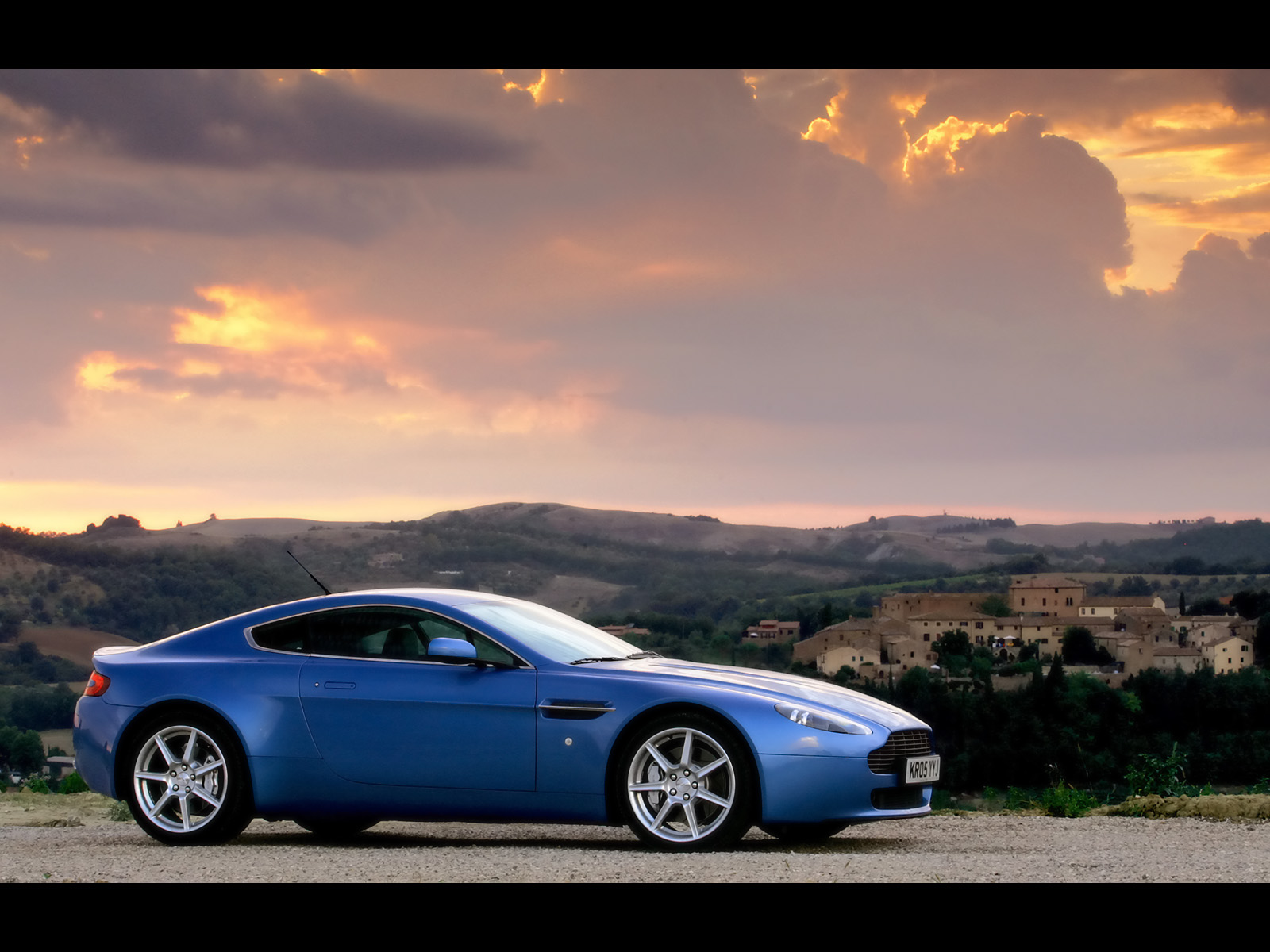 all 'bout cars: aston martin vantage