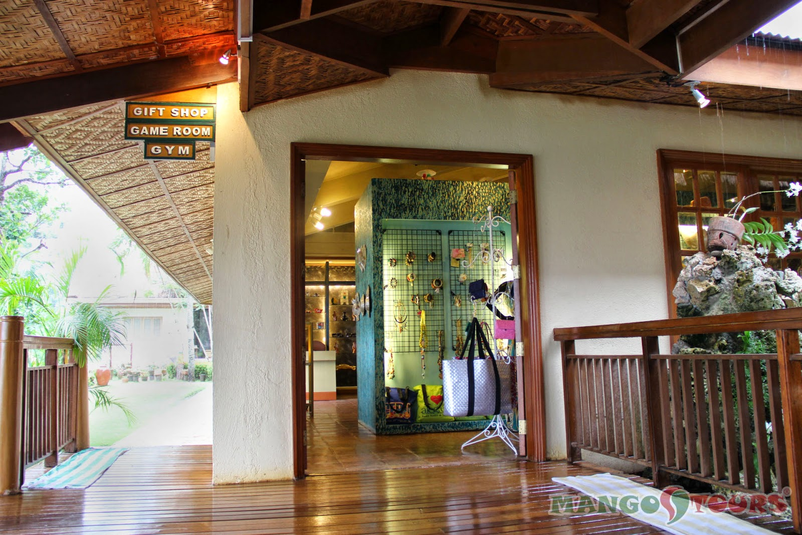 Mango Tours Philippines Alegre Beach Resort & Spa Gift Shop