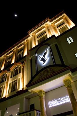 golden hands hotel lounge pluit