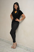 Kruthika at Vinavayya Ramayya press meet-thumbnail-6