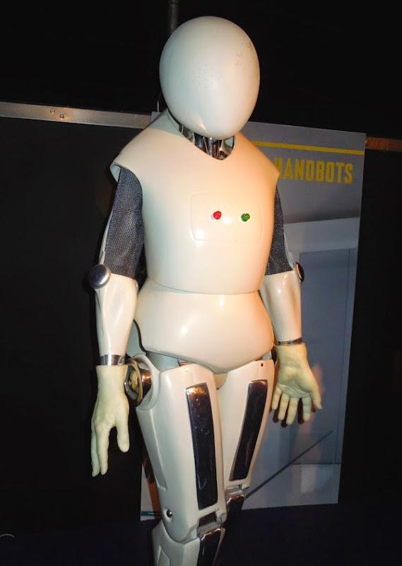 Doctor Who The Girl Who Waited Handbot