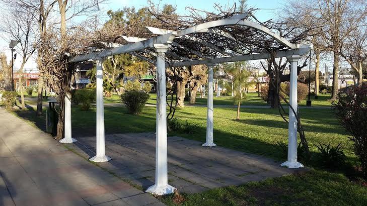 Artecor decoracion pedestales columnas de yeso y cemento - Bases para pergolas ...