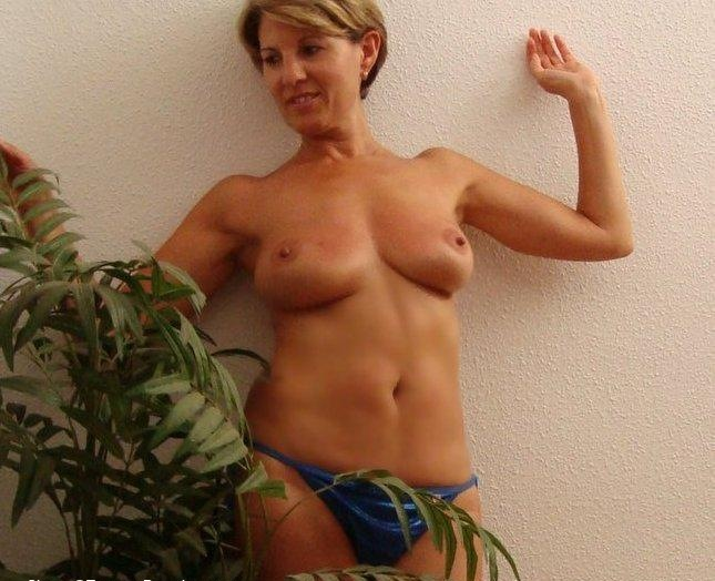 Stella milf 37 years private casting homemade with mugurporn production 7