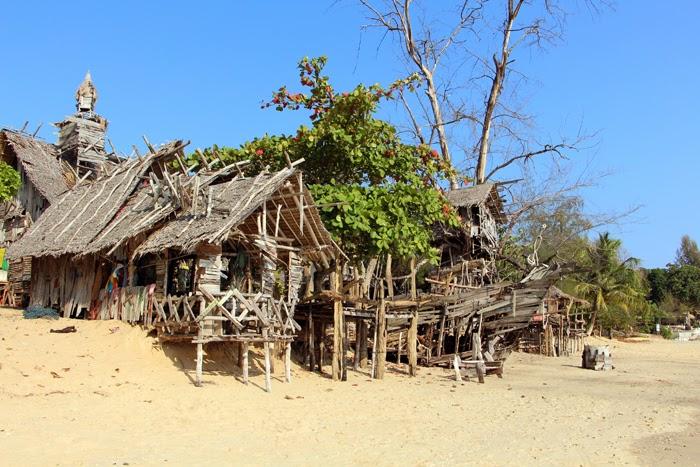 Hippi Bar Ko Phayam
