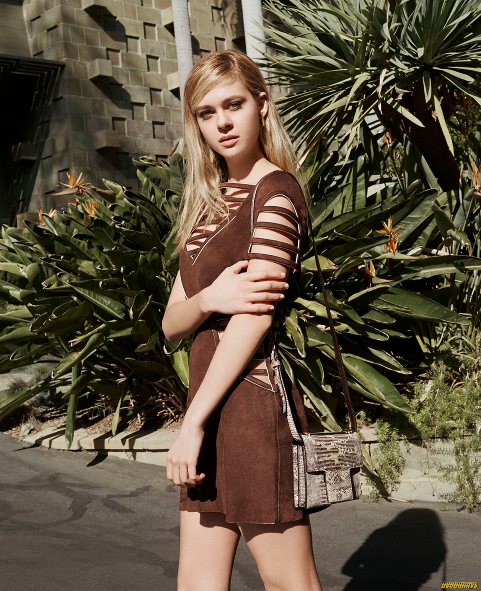 Nicola Peltz Hot Photos Gallery 2 Abbie Cornish