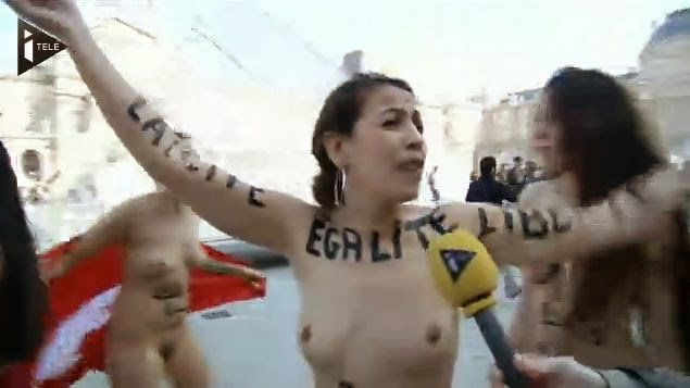 Femmes vampires nues de mars
