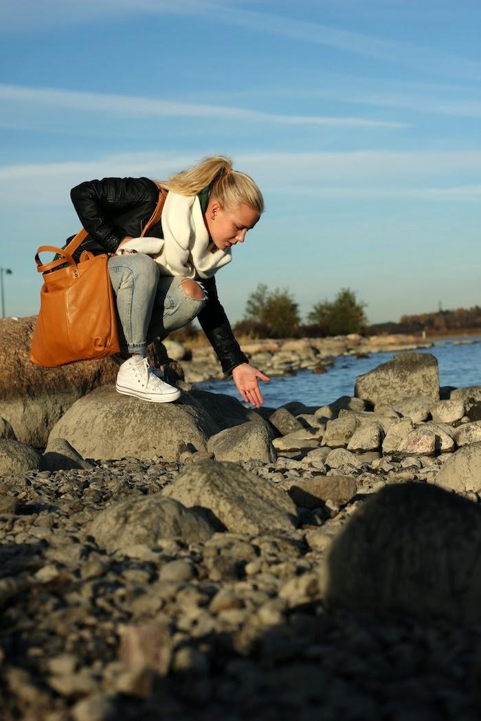 Reppu Vai Laukku Lukioon : Uusi laukku lumi accessories hanna u aamukahvilla