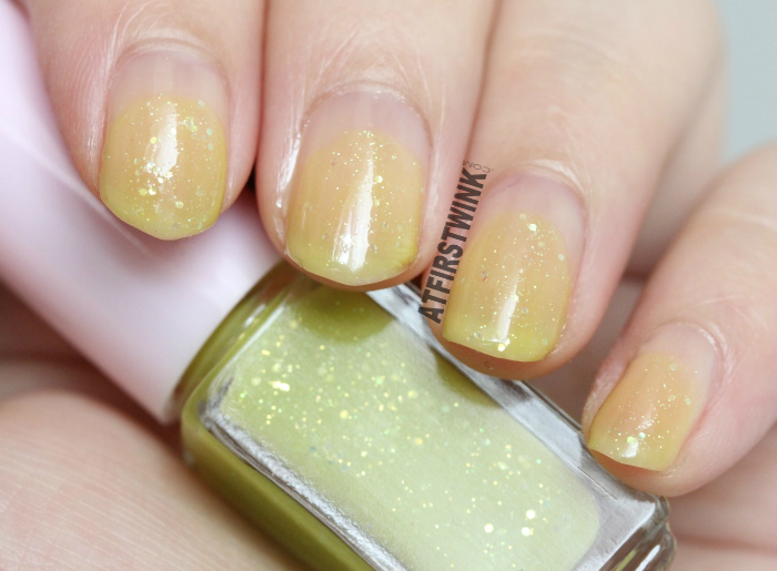 Etude House Juicy Cocktail gradation nails 8 - Lime Squash (nail polish 2 - Thrilling Lime) swatches